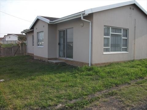 8 Properties and Homes To Let in Scottburgh, KwaZulu Natal
