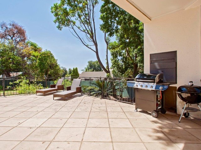 3 Bedroom House For Sale in Gallo Manor | Tyson Properties
