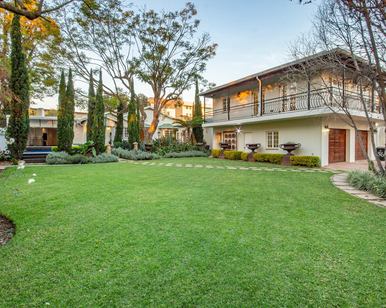 6 Bedroom House For Sale in Parktown North | Tyson Properties