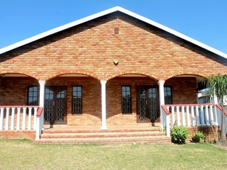 43 Properties and Homes For Sale in Chatsworth, KwaZulu
