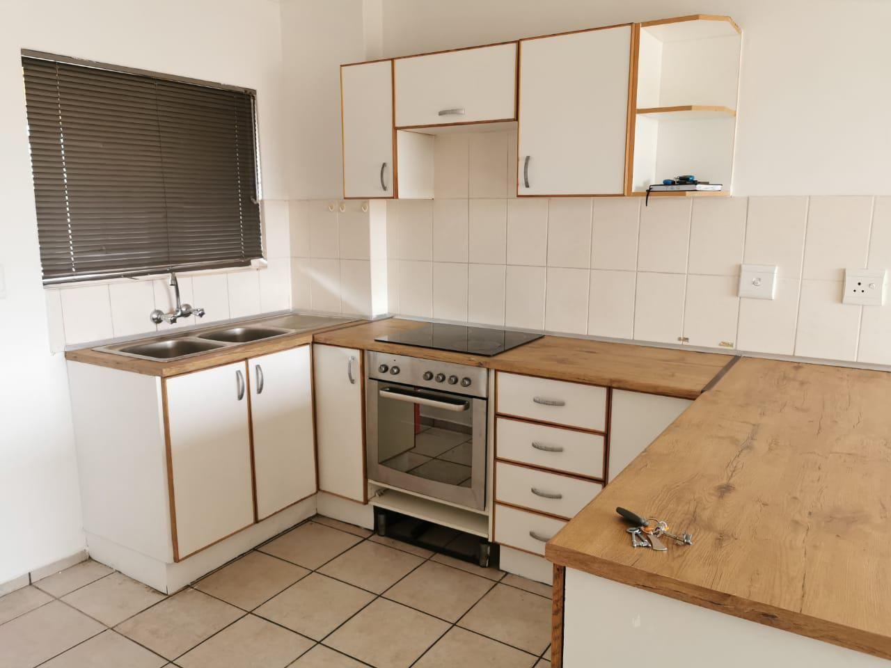 2 Bedroom Apartment For Sale in Arboretum